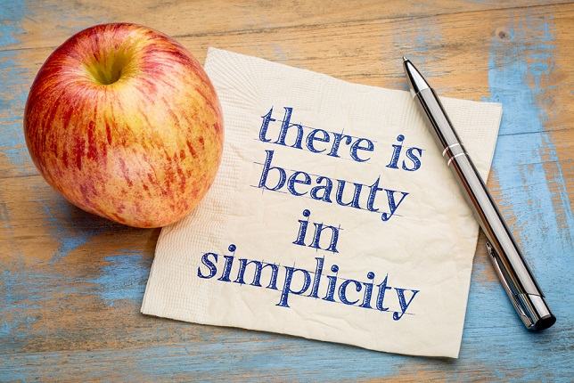 There is beauty in simplicity - handwriting on a napkin with a fresh apple